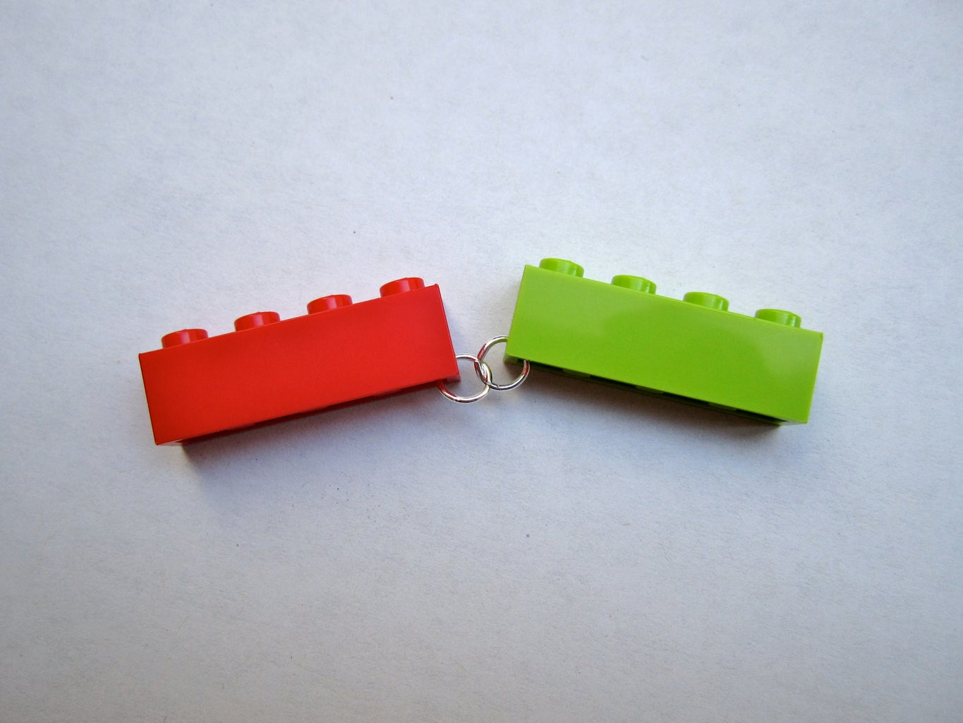 Connect the Legos With Jumprings!