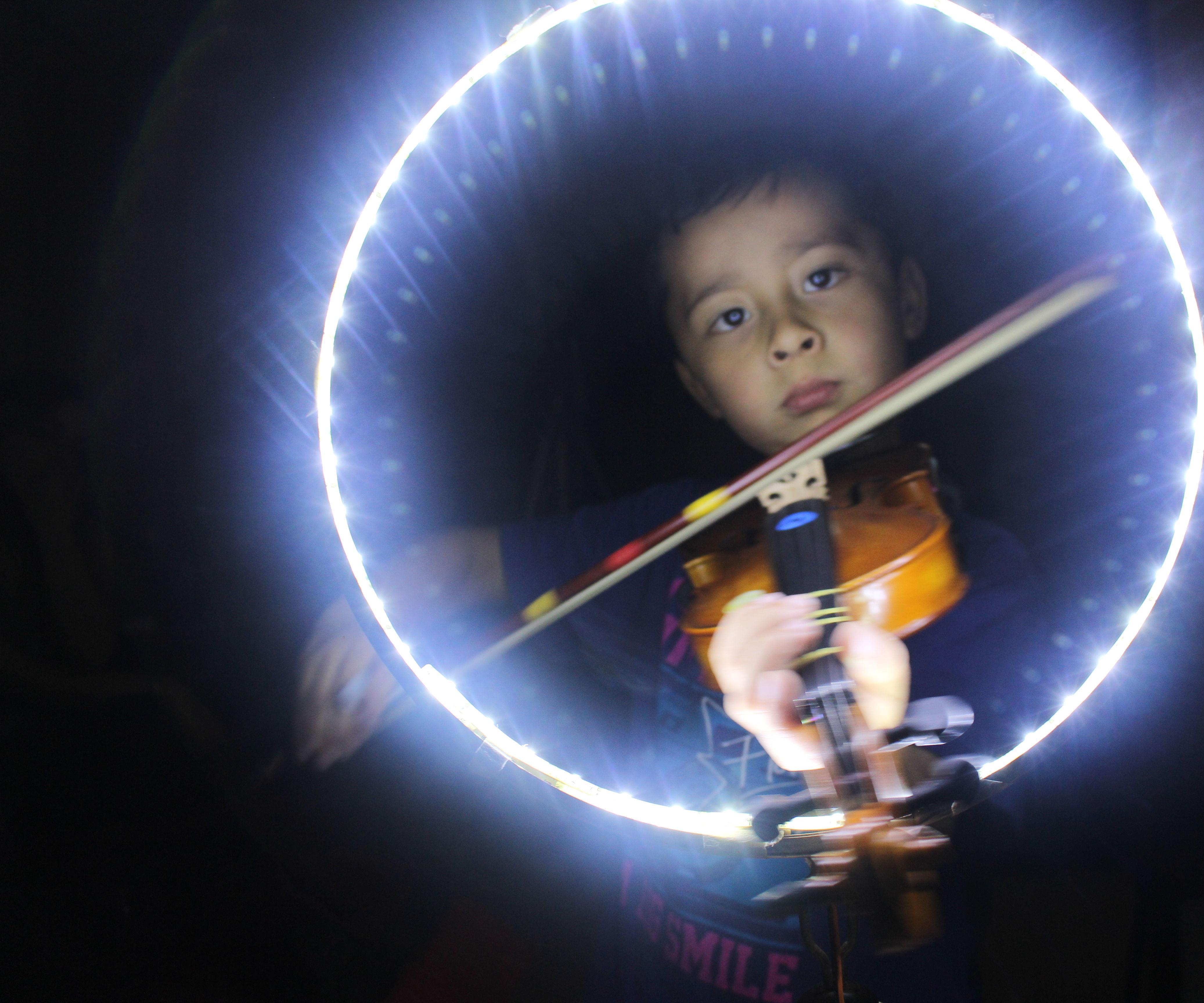 Led Light ring for photo: The easiest way [english] /Aro de luz LED para fotos: La forma más sencilla [español]