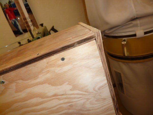 How to Assemble a Wood Outboard Motor Mount