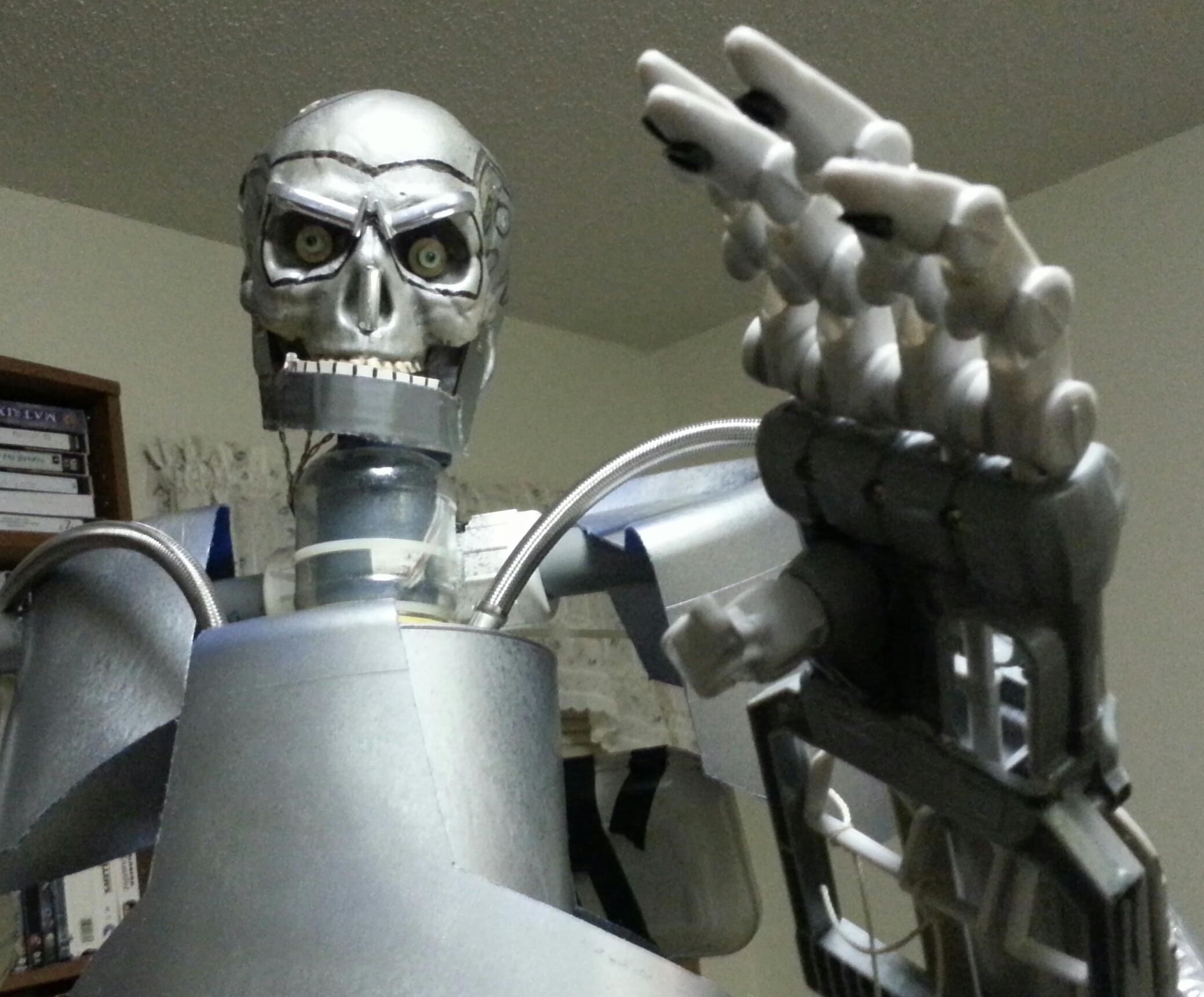 Lifesize Poseable Animatronic Endoskeleton