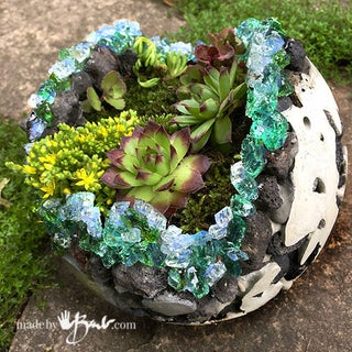 Rock-and-Concrete-Geode-Planters--madebybarb-18.jpg