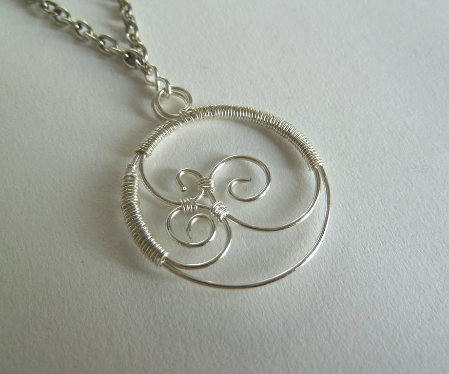 Triple swirl wirework pendant