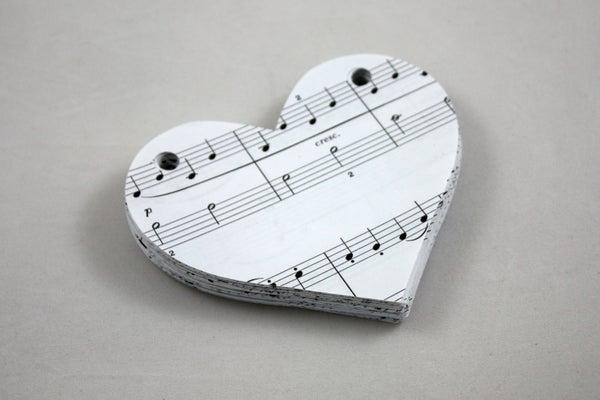 Music Notes Heart Garland