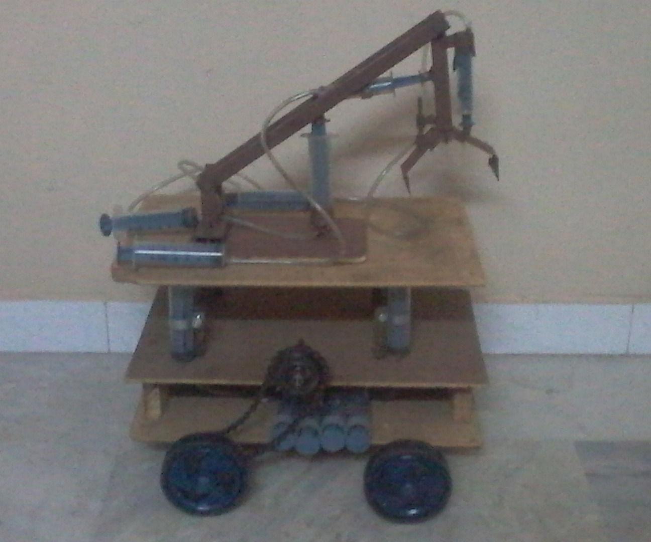 hydraulic load lifter