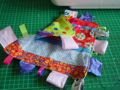 How to Make a Baby Tag Cloth