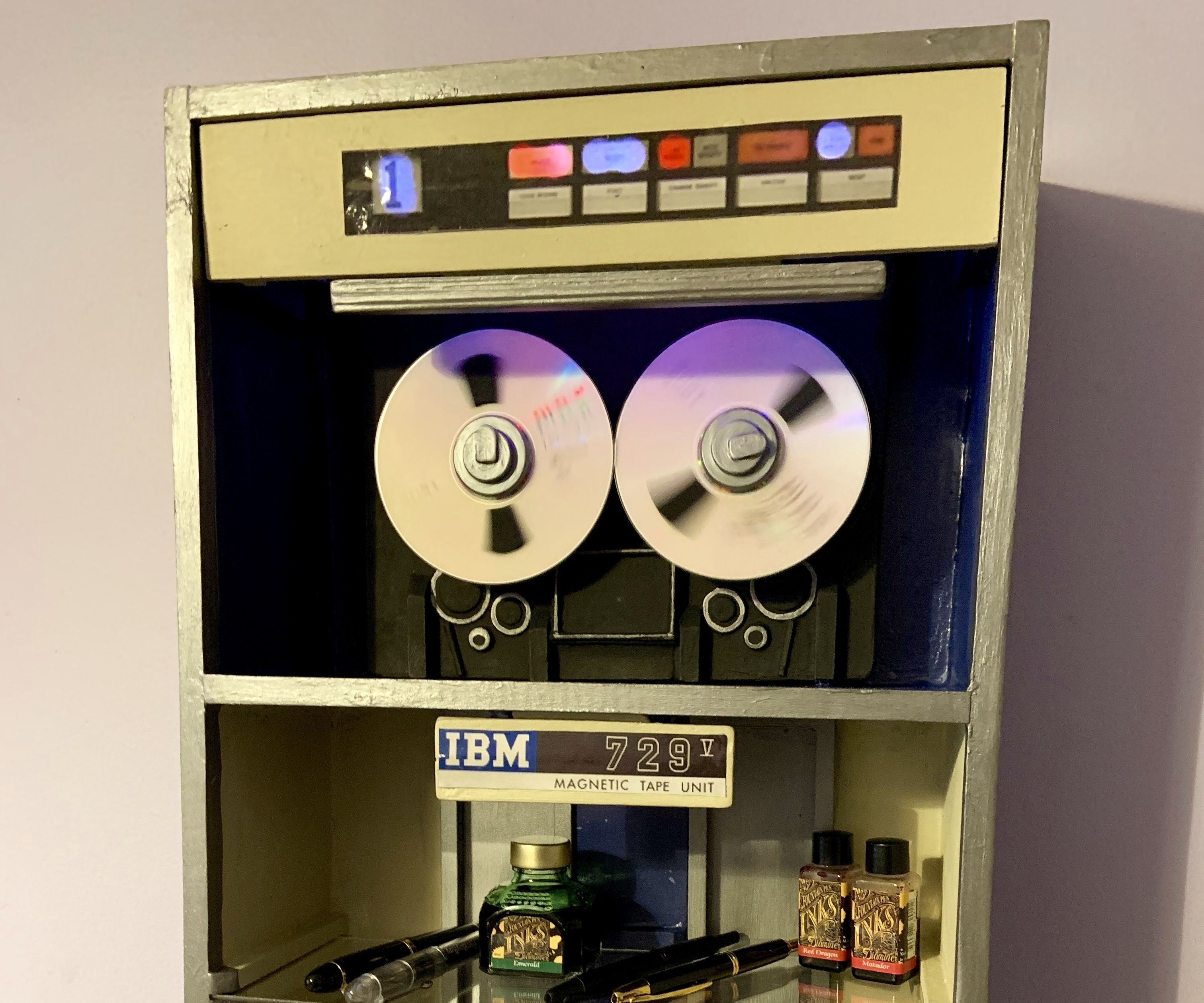 Retro Mainframe Computer Digital to Analog Shelf
