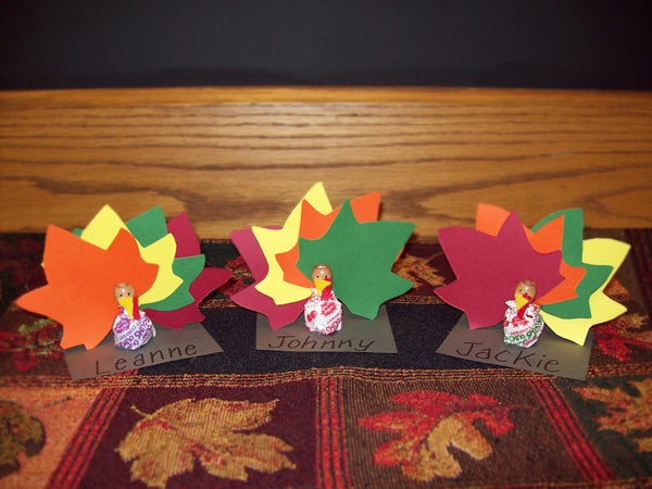 Thanksgiving Crafts: Thanksgiving Place Card Holders