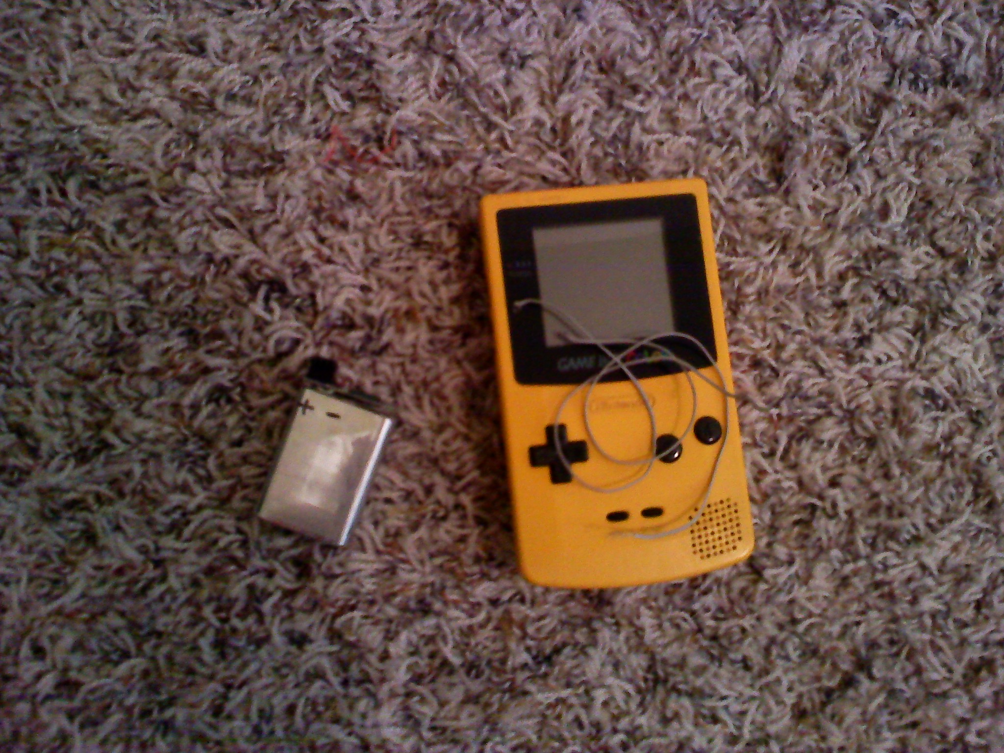 how to make a gameboy color rechargeable.