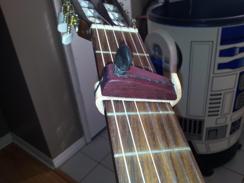 Need a Capo for Your Guitar? Build a Cejilla