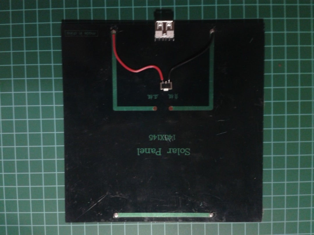 Conectando El Panel Solar Al Regulador