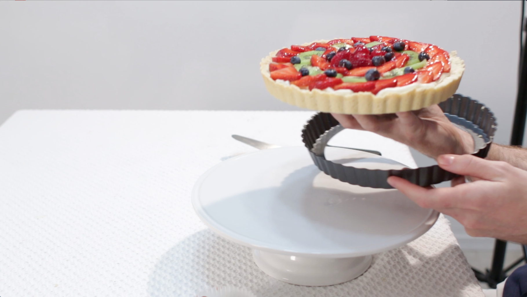 Remove the Tart From the Pan