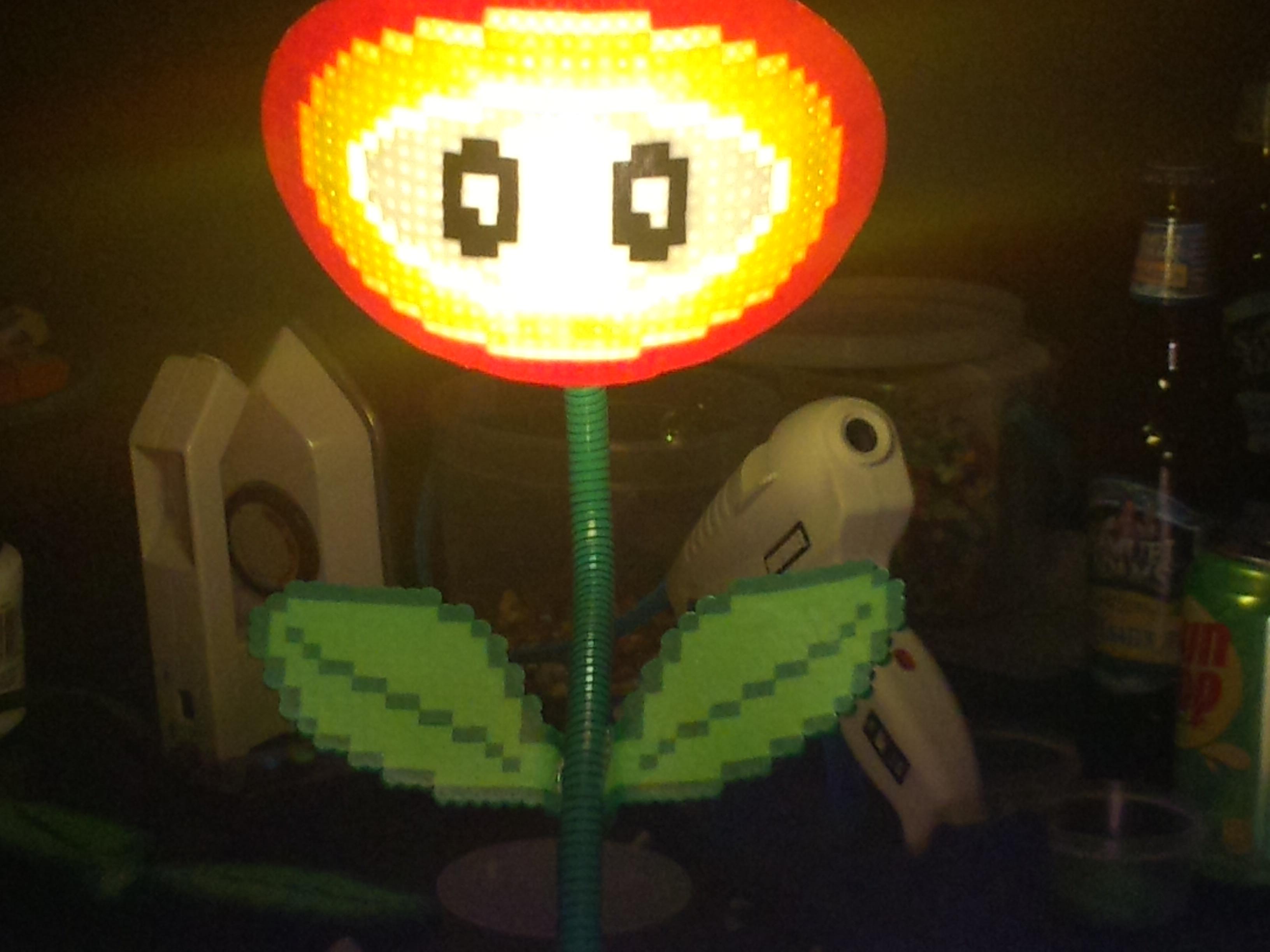 Mario Fireflower Lamp