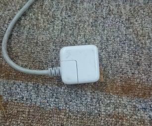 使Macbook和iPhone充电器的连接插头可互换