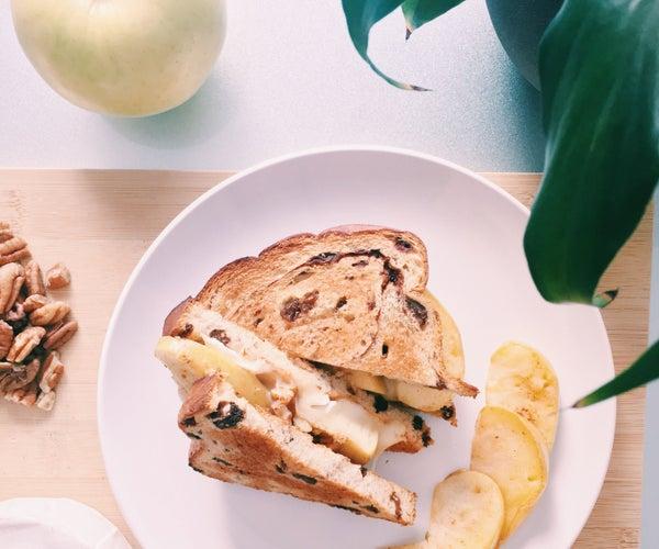 RECIPE   BRIE CHEESE & APPLE SANDWICH