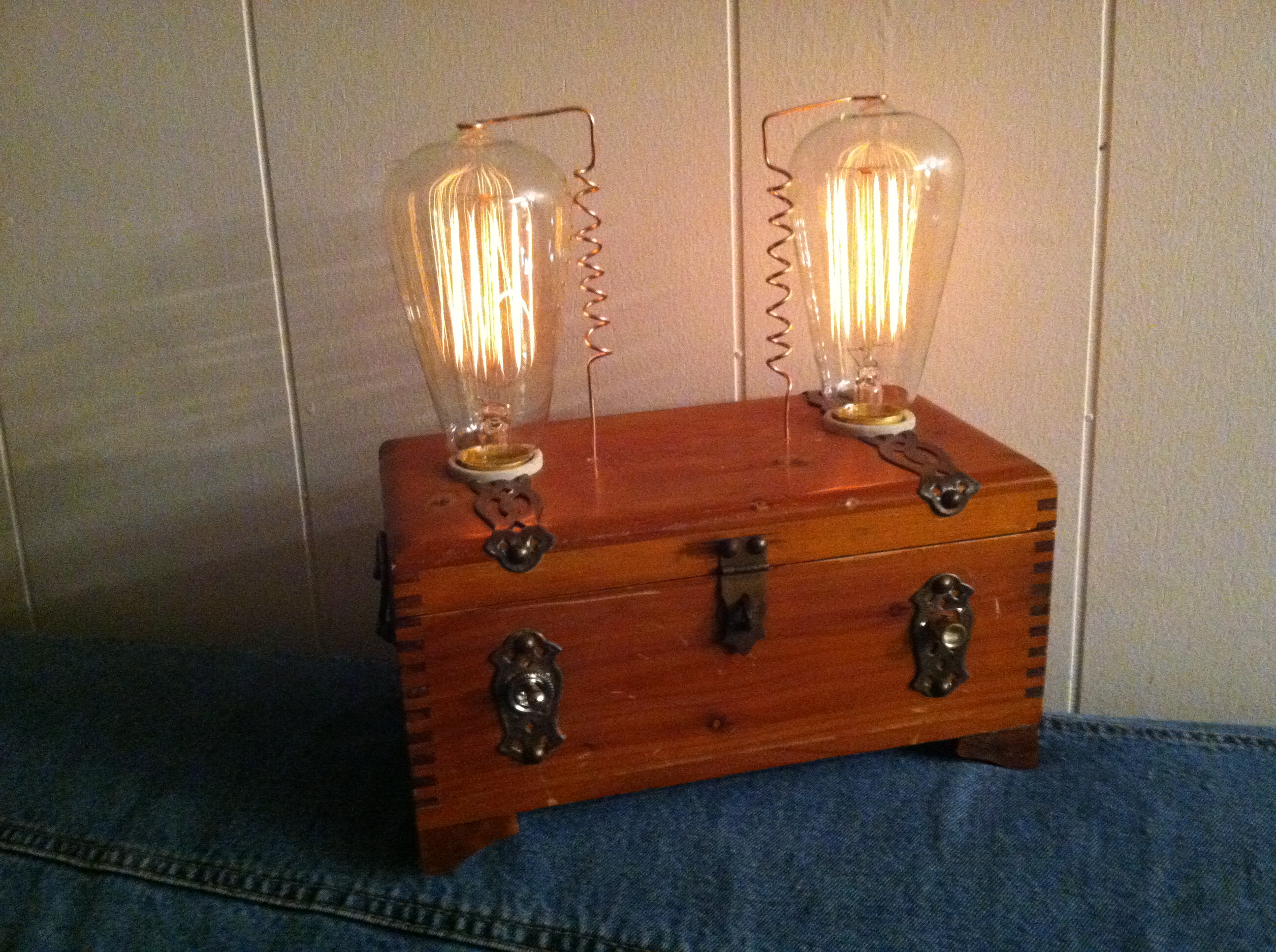 The Alva Dimmable Chamber Lamp
