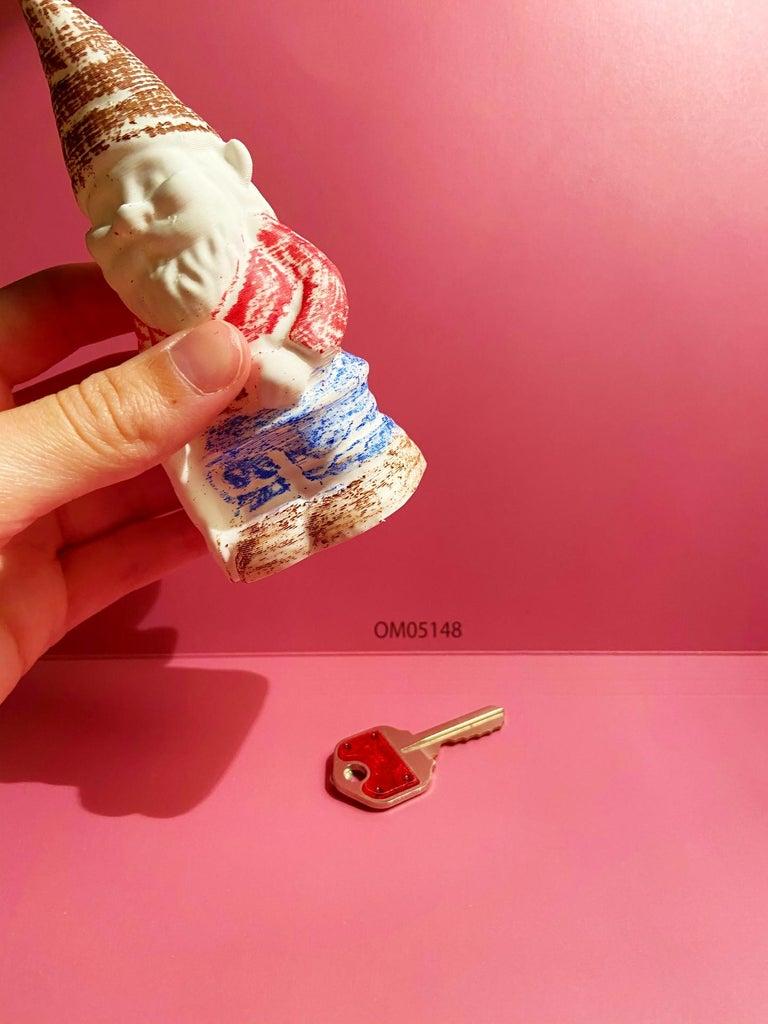 Put a Key Into the Gnome!