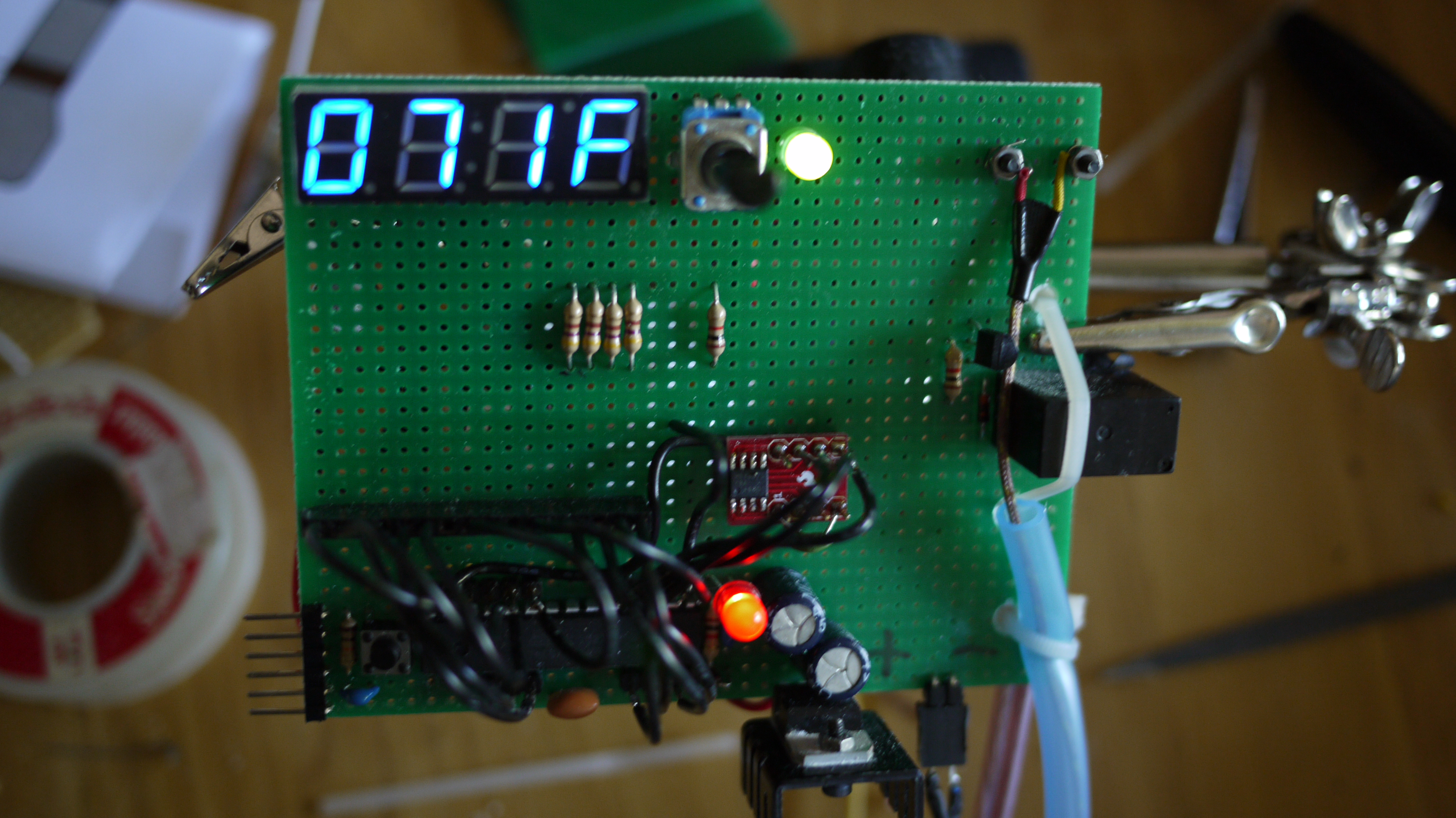 Make your own programmable thermostat for $66 with Arduino