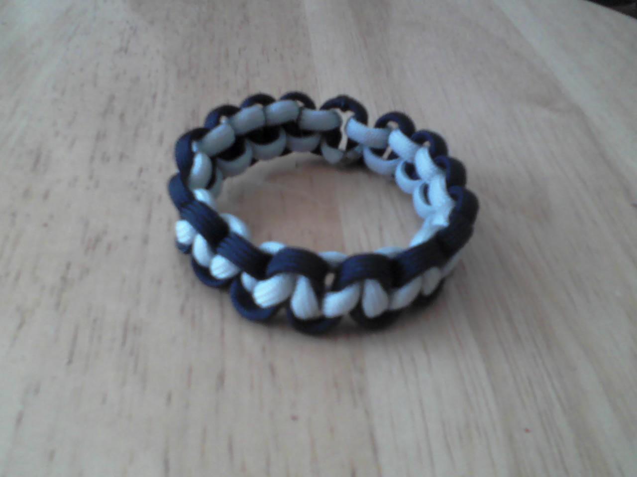 Stretchable Paracord Bracelet