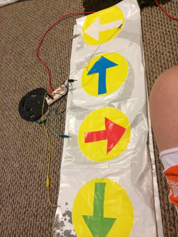 """Simon Says Game With Unique """"twister"""" Controller"""