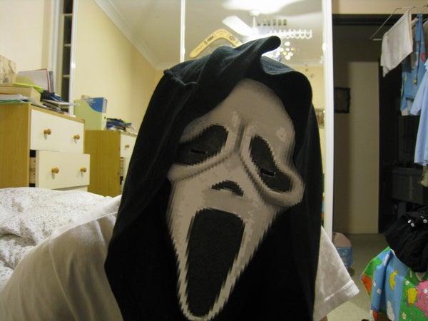 Make Your Own Free Halloween Scream Mask!