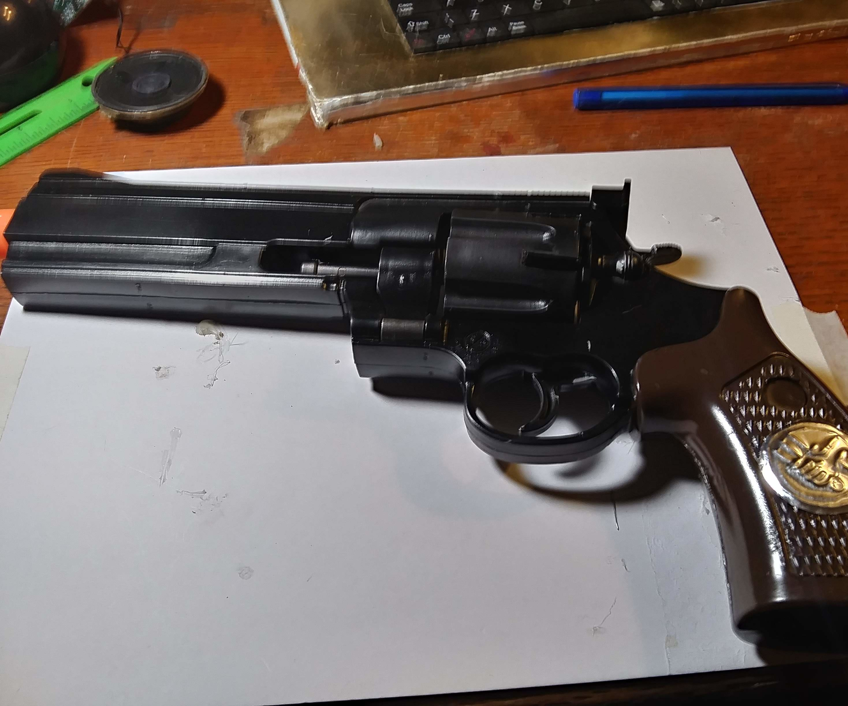 Hellboy-style Gun From Toy Gun.
