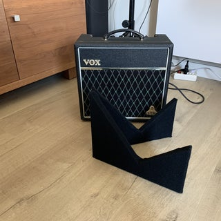 Portable Guitar Amp Stand