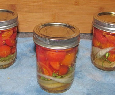 How to Pickle Tomatoes & Make an Amazing Vinaigrette