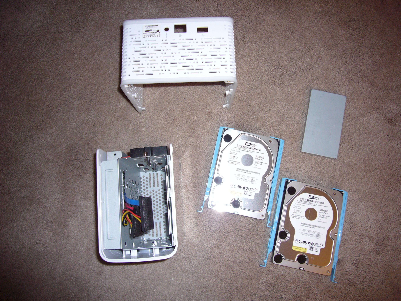 Disassembling Western Digital MyBook World Edition