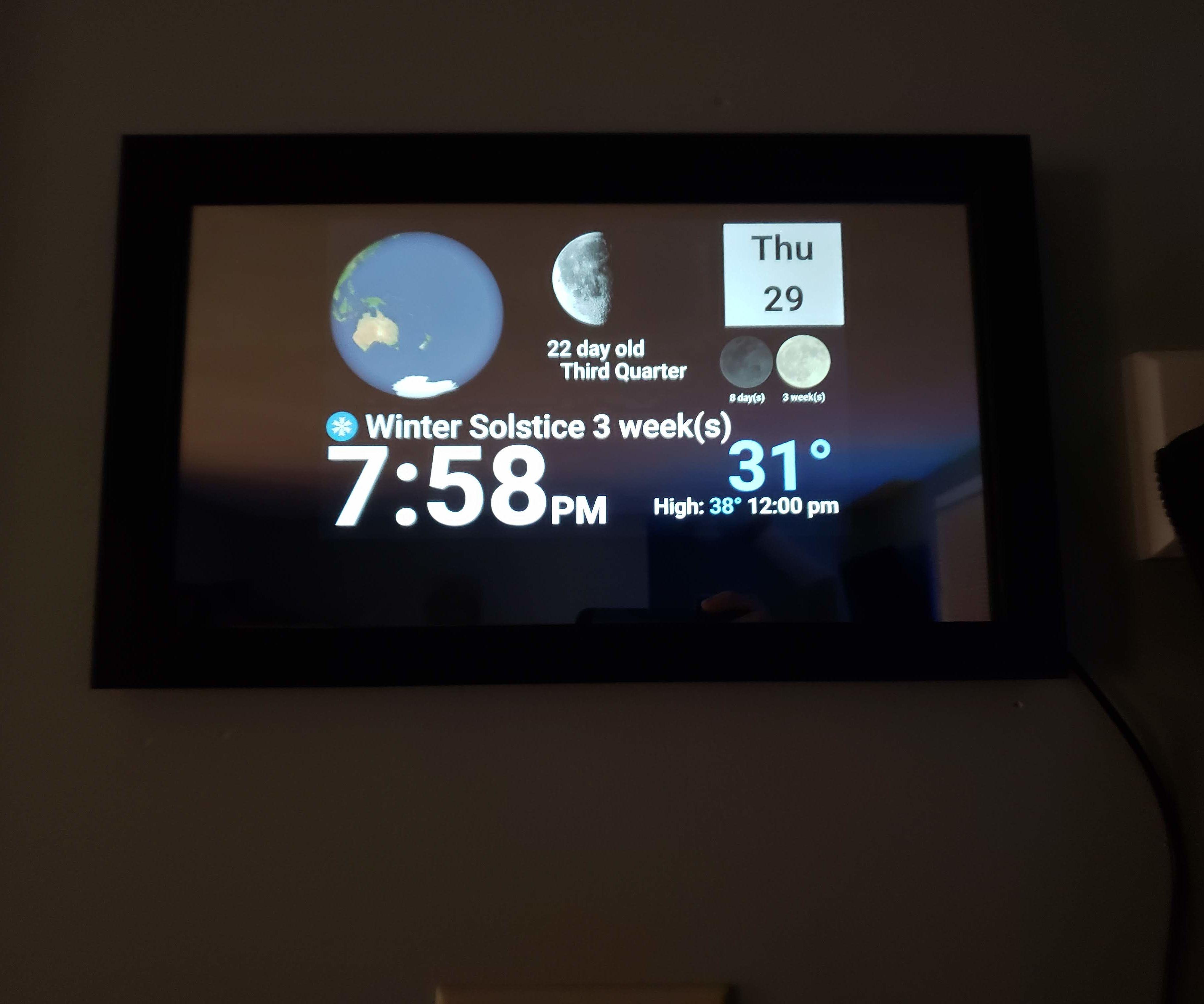 Earth & Moon Magic Mirror