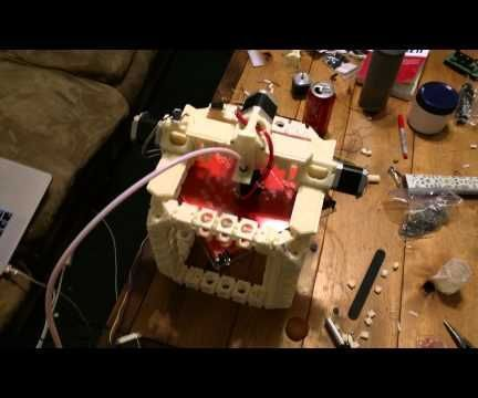 Dollo 3D: Self replicating 3D printer
