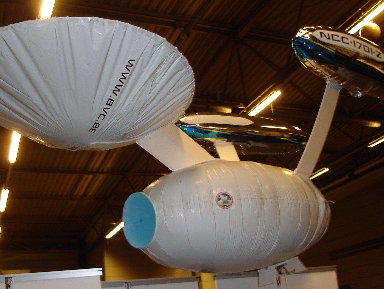 2 Meter Flying RC Starship Enterprise