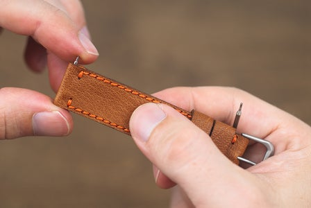 Connecting the Straps