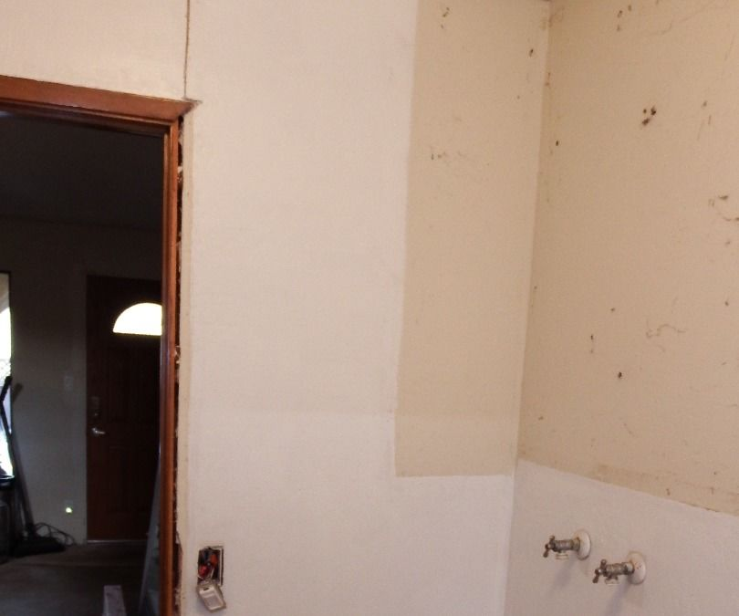 Remove drywall without making a big mess. And reuse it too!