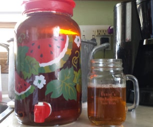 Old-Fashioned Apple Drink