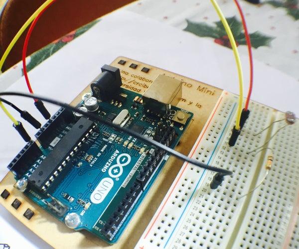 Sensor De Luz Y Divisor De Voltaje