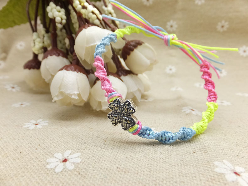 Handcrafted jewelry project friendship bracelets patterns