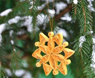 Quilled Christmas Ornament