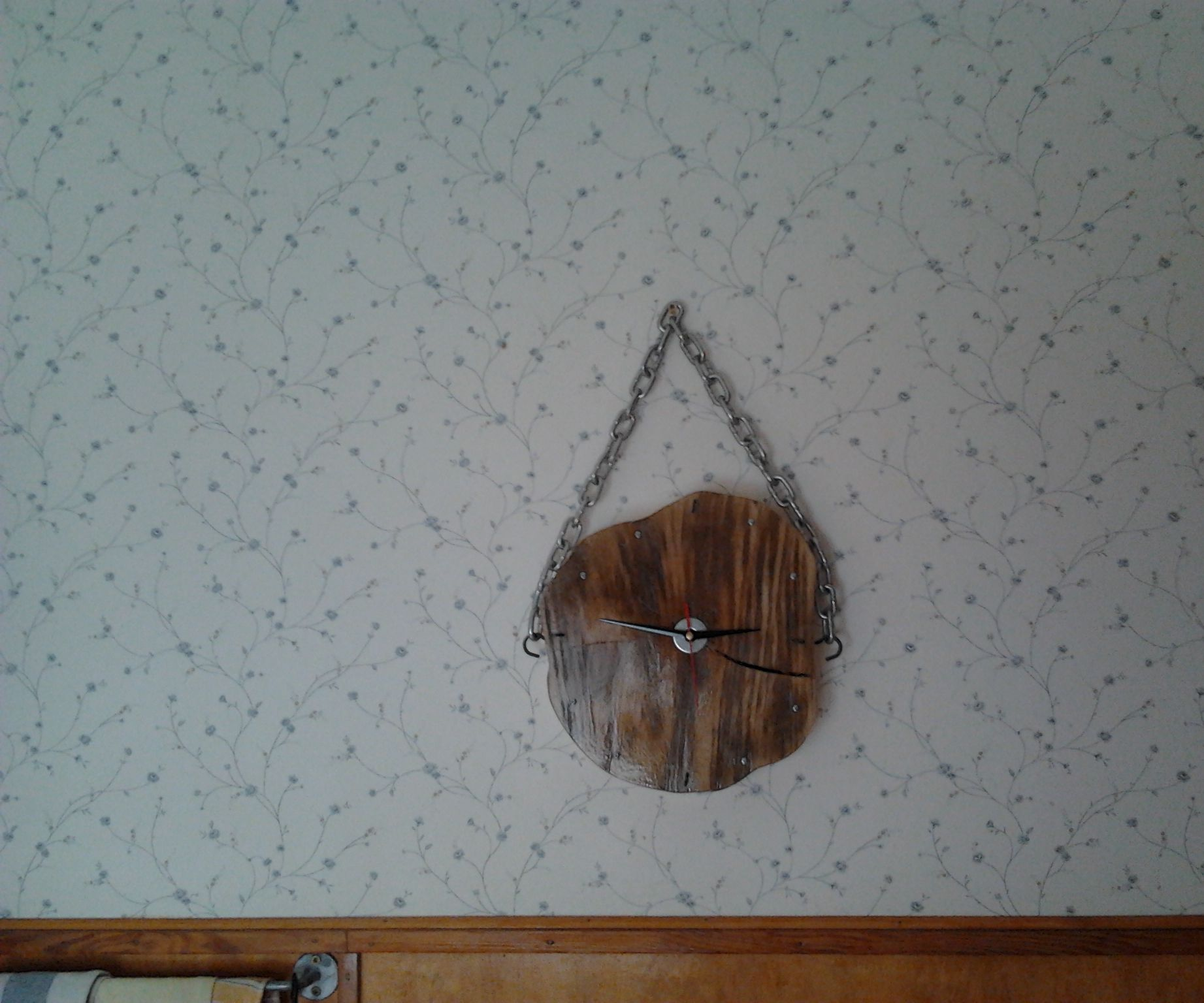Clock Made of Wood Disc (rings)