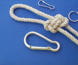 Interwoven Figure-8-knots Loop