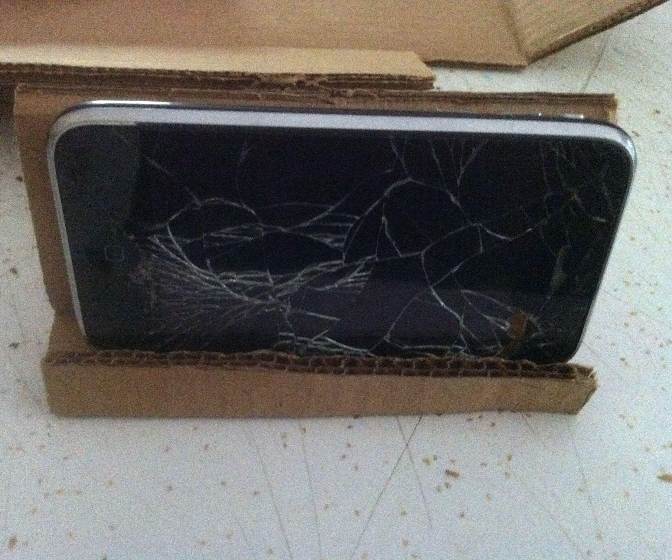 DIY Cardboard Phone Holder