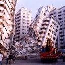 Was muss man in einem Erdbeben machen?