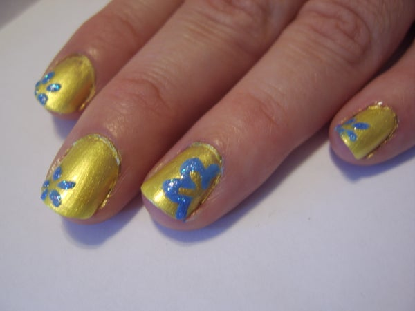 How-to: Floral Nails!
