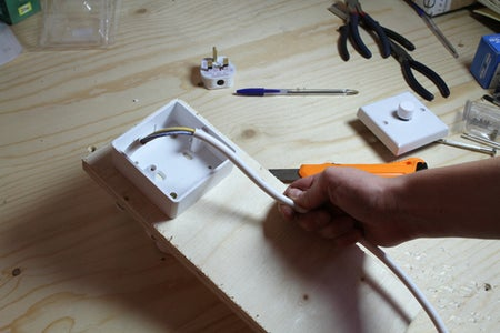 Wiring the Dimmer Switch