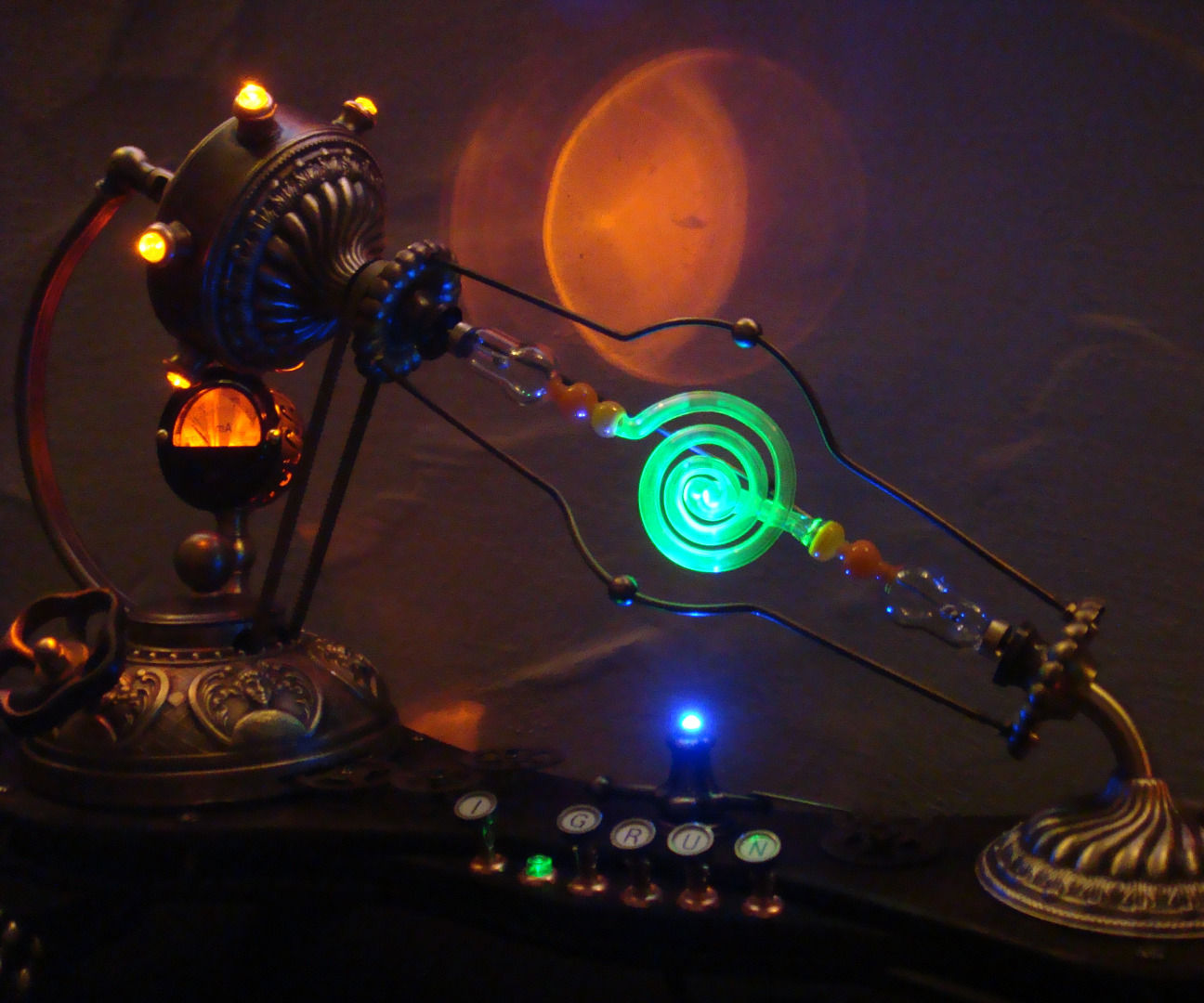 IGRUN - Daughter of Aetheria. A High Voltage Steampunk Lamp