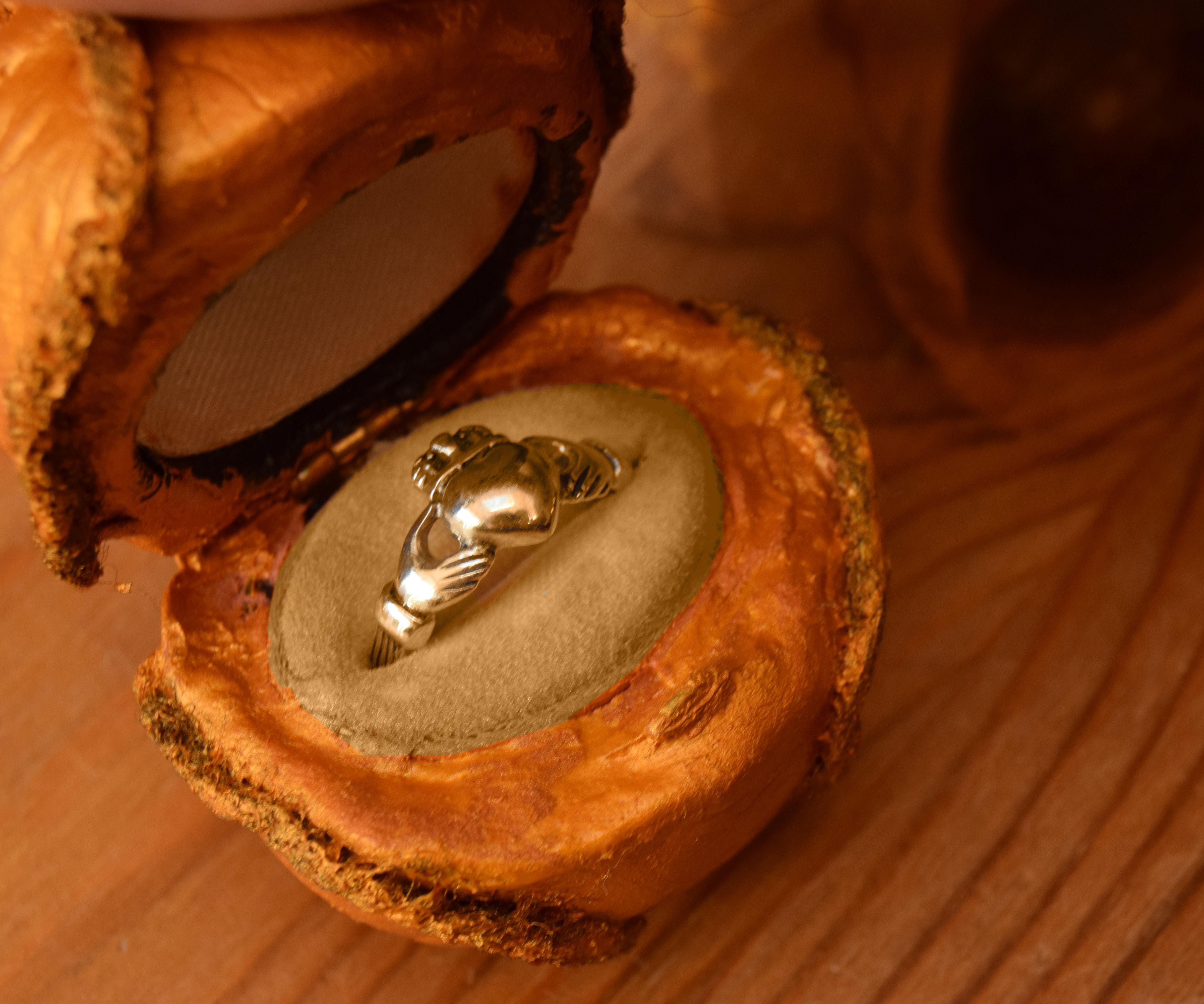 Golden Snitch Ring Box