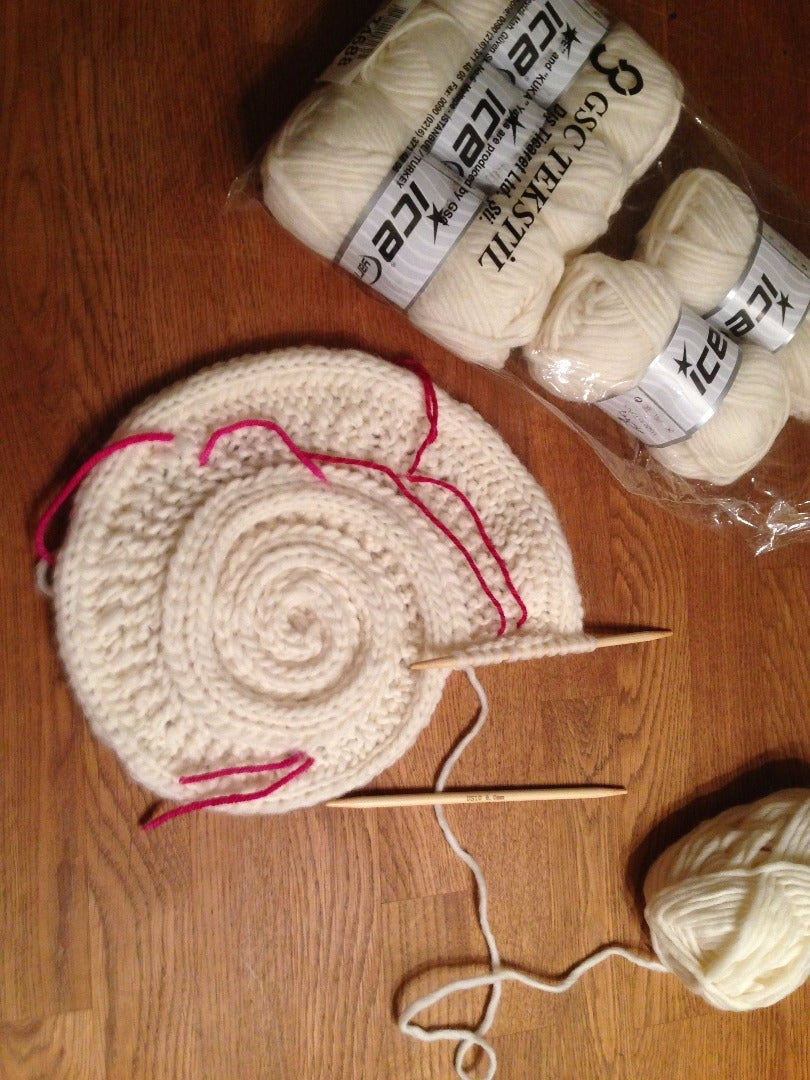 Knitting the Bag