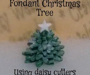 Fondant Christmas Tree - Using Daisy Cutters
