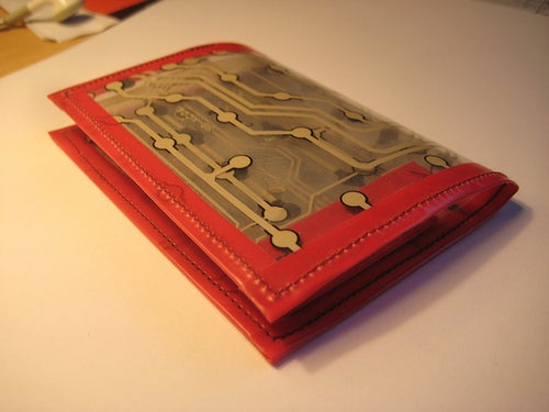 How to Make a Hacker's Wallet V.1.2 Using Reclaimed Materials