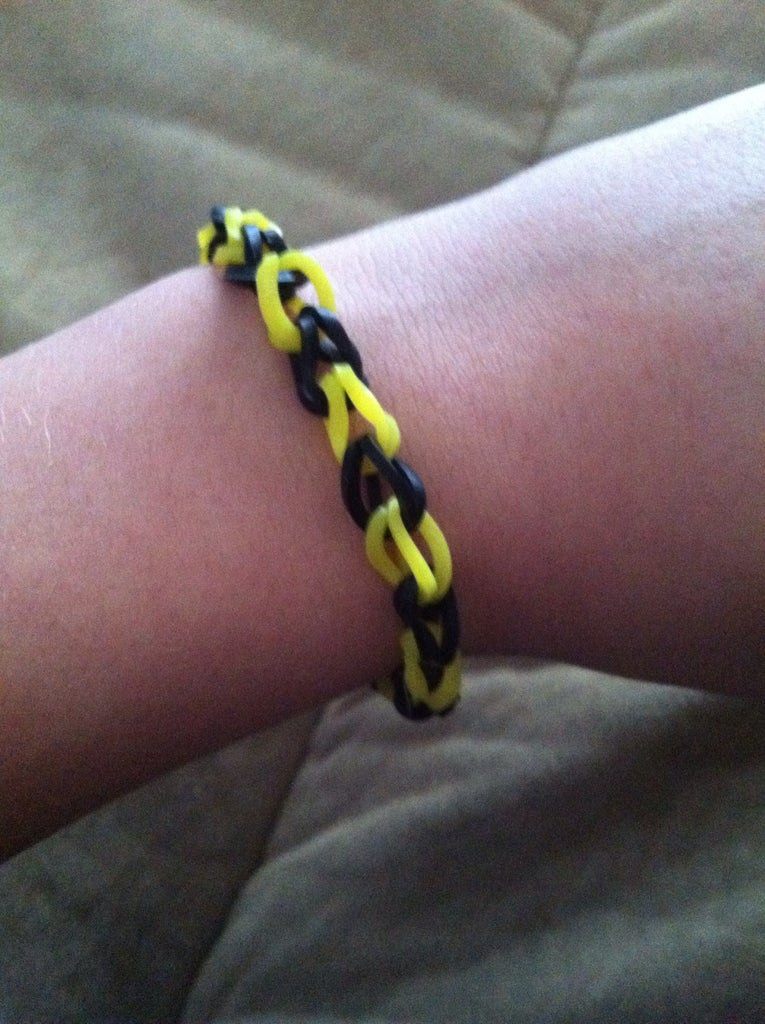 Chain Rubber Band Bracelet on Fun Loom!