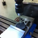 Using the DRO on the vertical mill to drill a perfect circular pattern